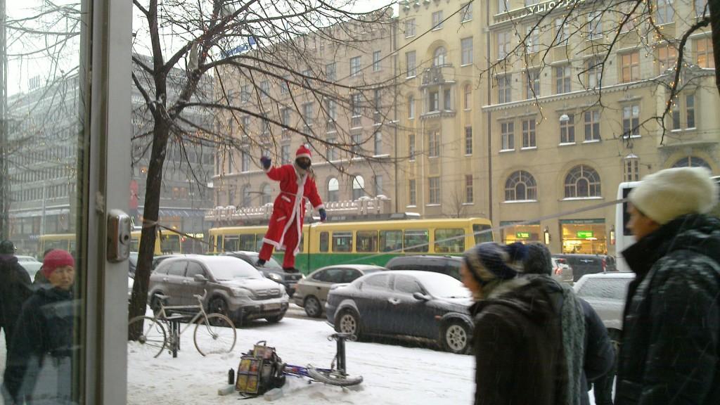 Julgubben har ovanligt bra balans i år.