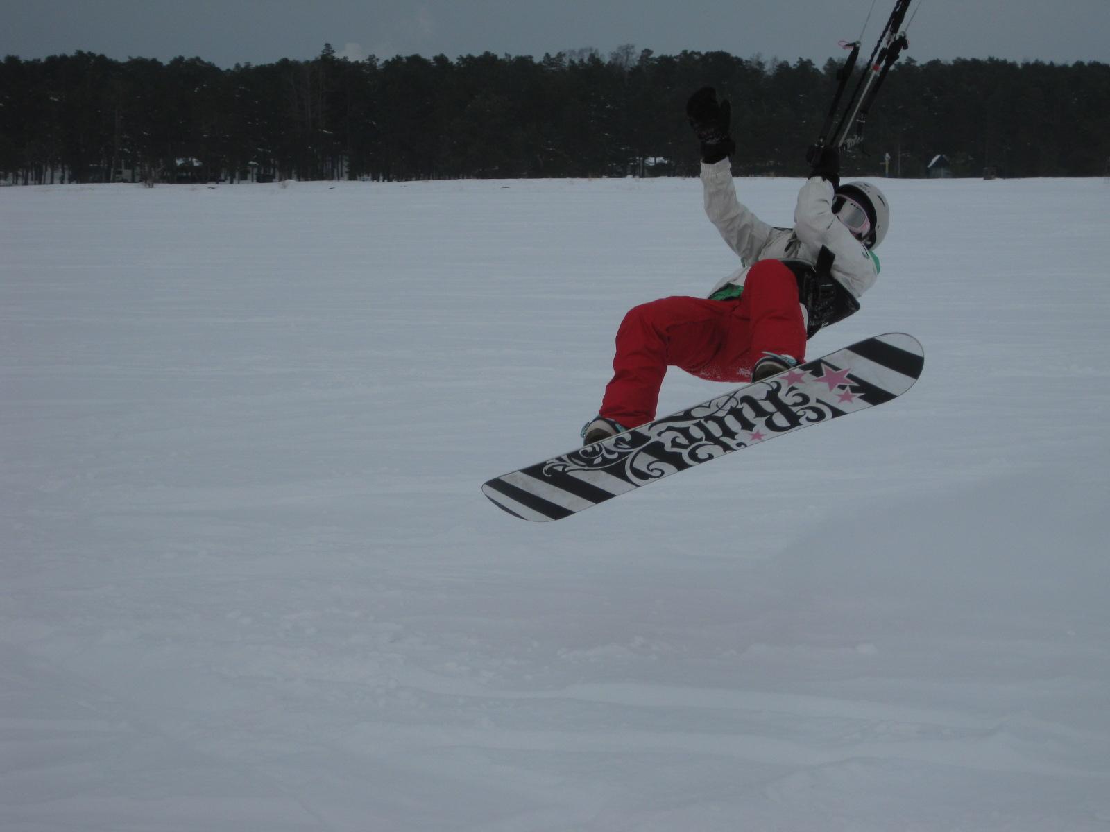 Några bilder från snowkitingen igår