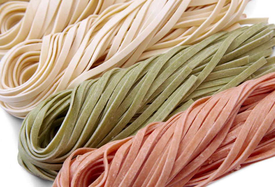 God maletköttsås och färsk spaghetti