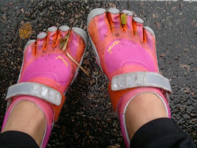 Så här såg mina skor ut efter löpningen! Det blev tvättning för dem när vi kom hem.