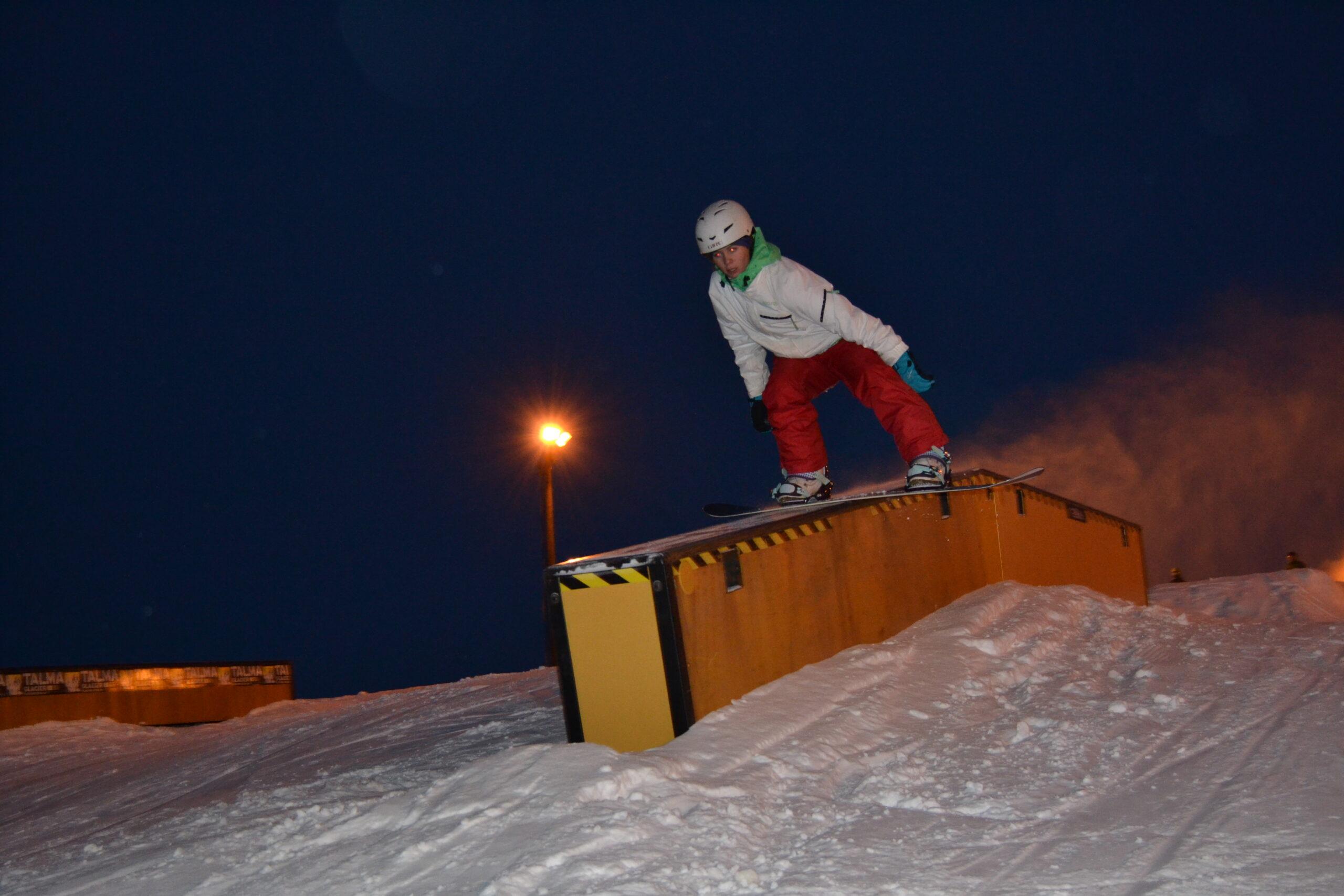 Snowboardkväll vid Talma