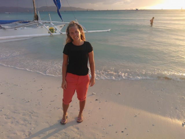 Kom lagom till Hwite Beach för att se en ovanligt fin solnedgång