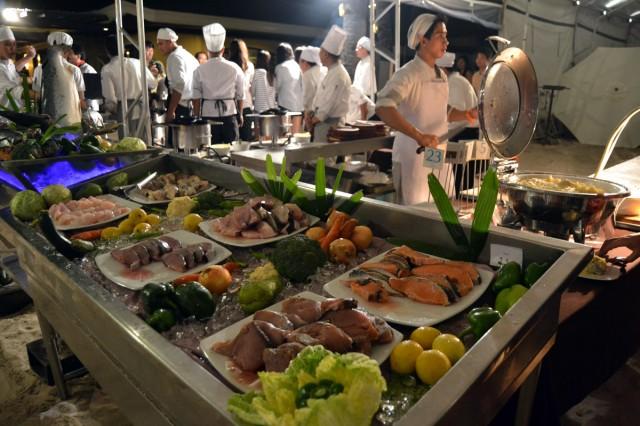 Fisk man kunde välja mellan. Jag har några gånger nu ätit färsk tonfisk och det är så otroligt gott. Min nya favoritmat.