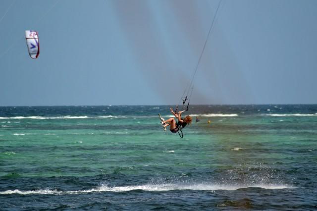 lina kitesurfing boracay