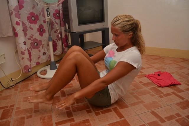 träna mage och rumpa hemma