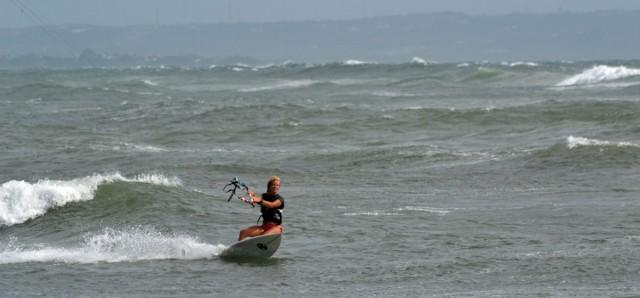 Kitesurfing Cangu Bali
