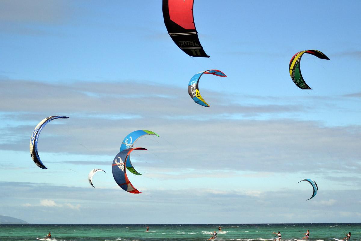 Bilder från kitesurfing