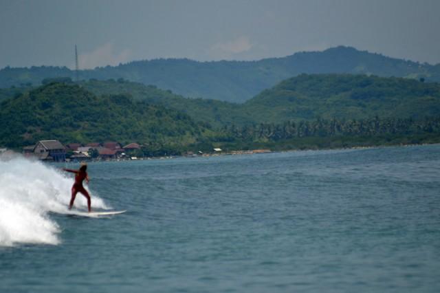 gropuk surfing lombok