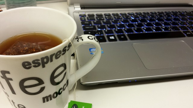 Det blir många koppar te par dag