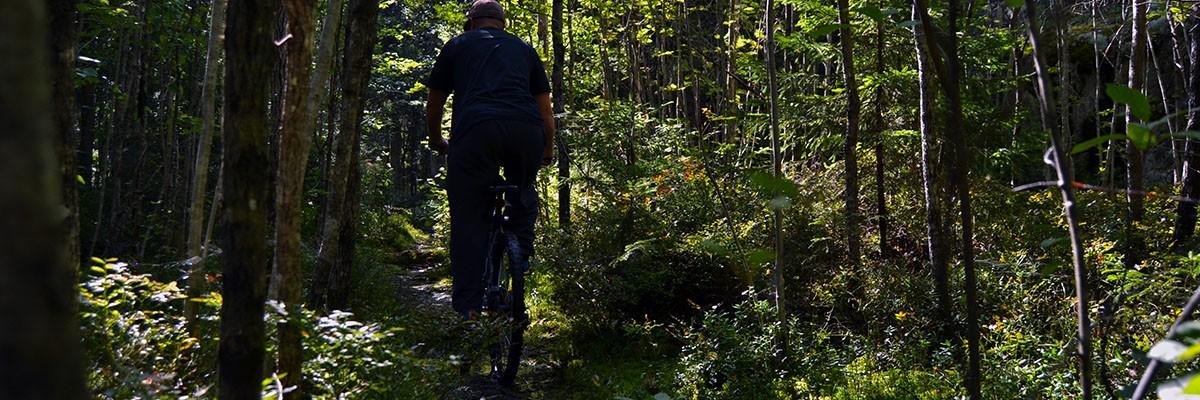 "Mountainbiking i Luks ""Noux"" nationalpark"