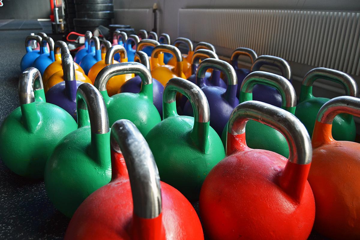 14 orsaker att träna med fria vikter istället för maskiner