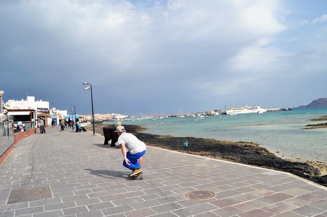 Corralejo longboarding