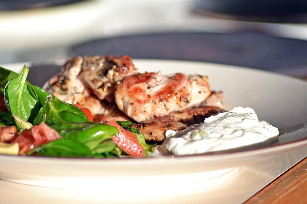 Grekisk afton med souvlaki och tzatziki
