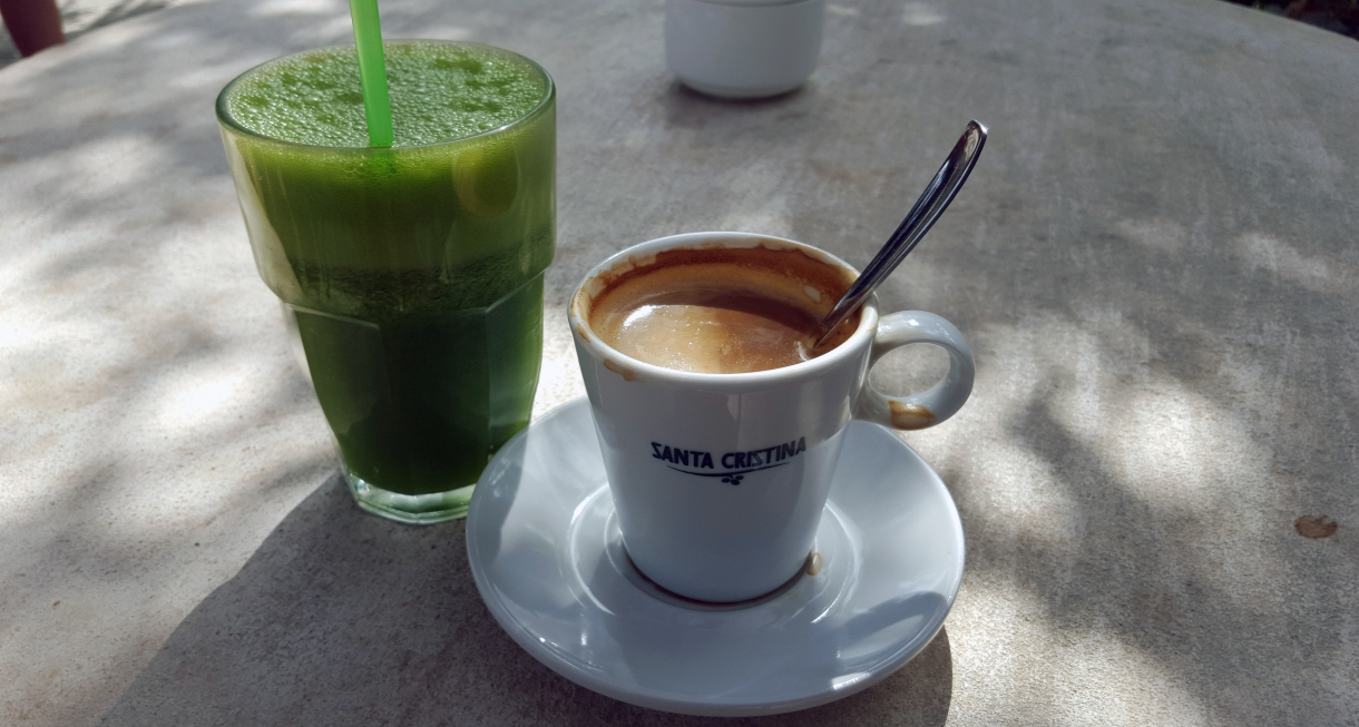 hälsosam hemlagad juice