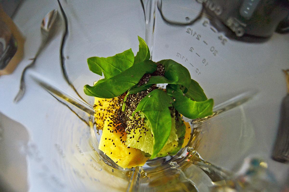Två nyttiga favoriter: Chokladsmoothie & ananassmoothie