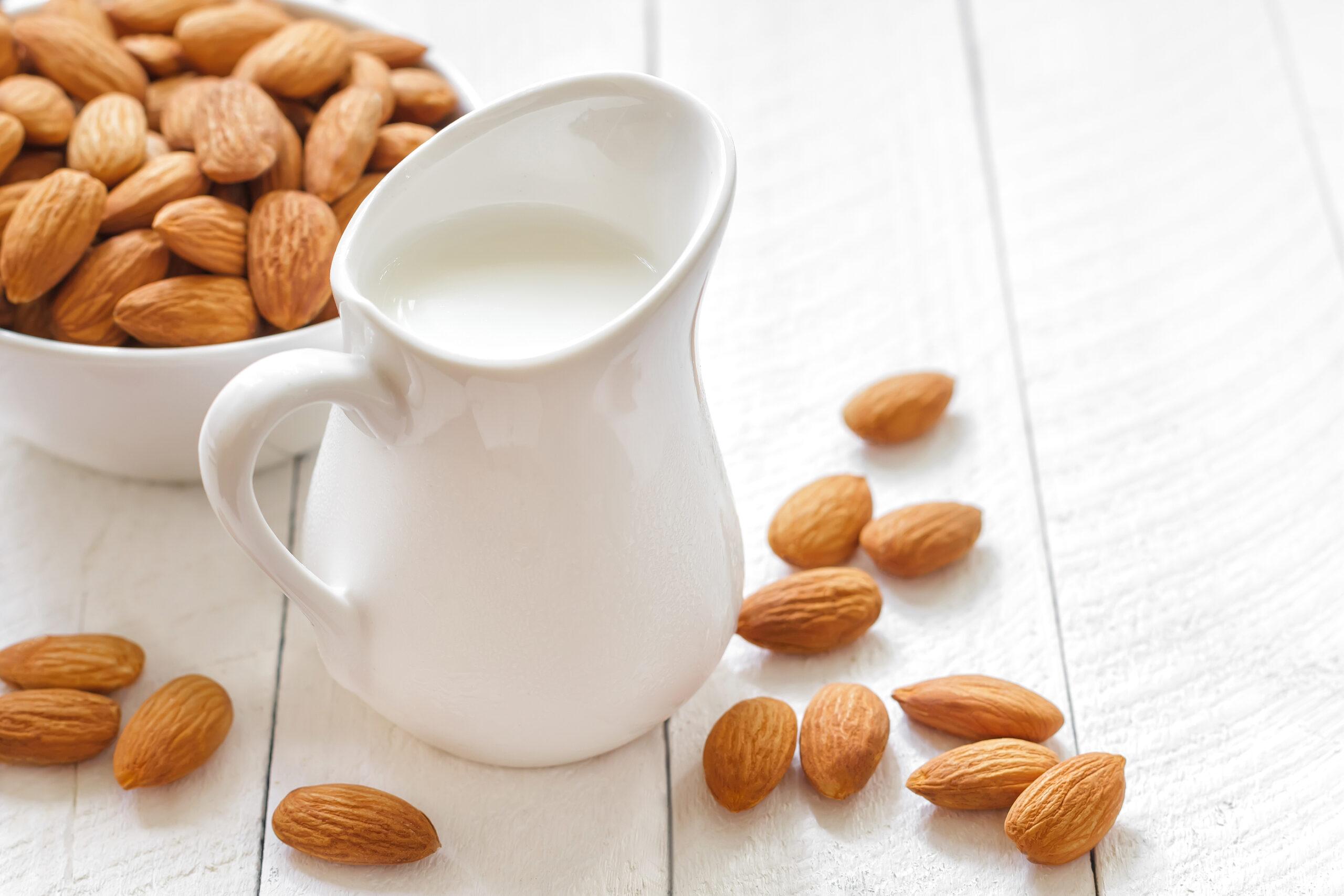 Skyr & mandelmjölk – dagens hiss och dagens diss