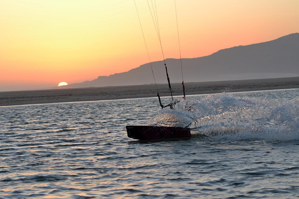 Kitesurfingvideo från Tarifa: This is the Tarifa we found