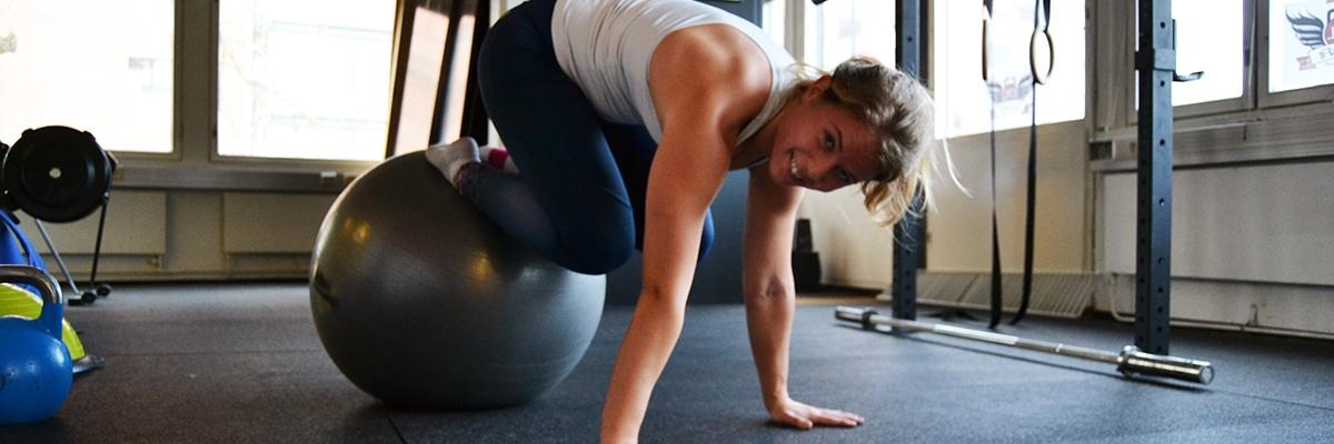 Test av nya träningsprogram + övningtips på pilatesboll