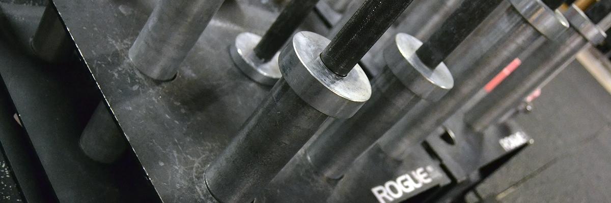 Styrketräning: Hur gör man? Träningsupplägg för gym, repetitioner, vikt, bra övningar och lite till!