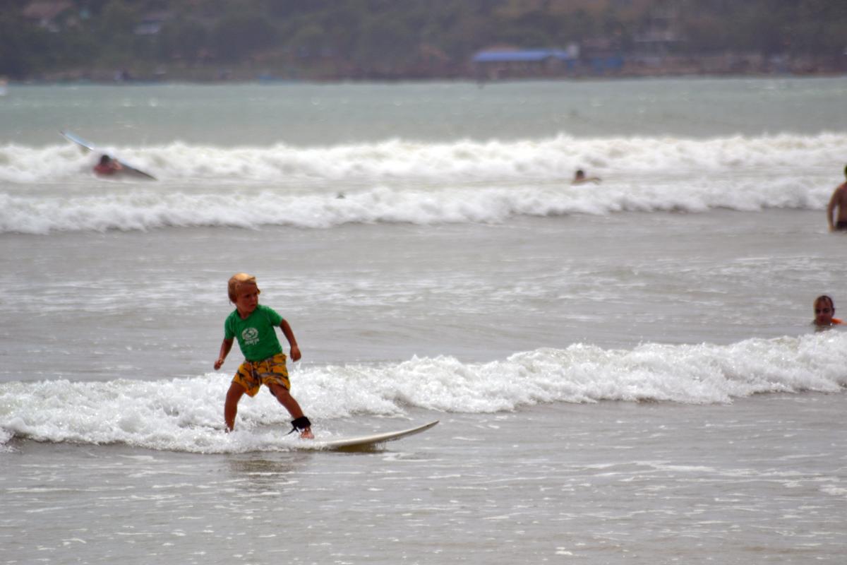 weligama vågsurfing