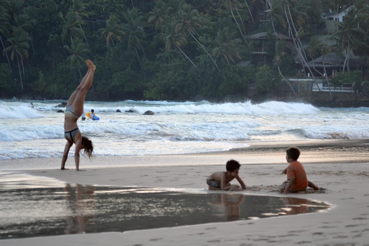 På stranden i Mirissa