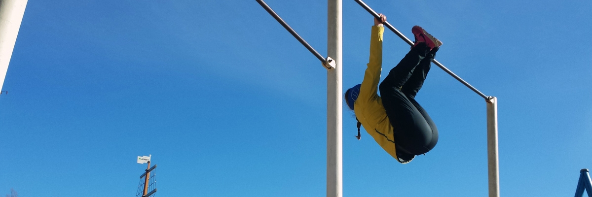 Gymnastik utomhus med min nya förebild