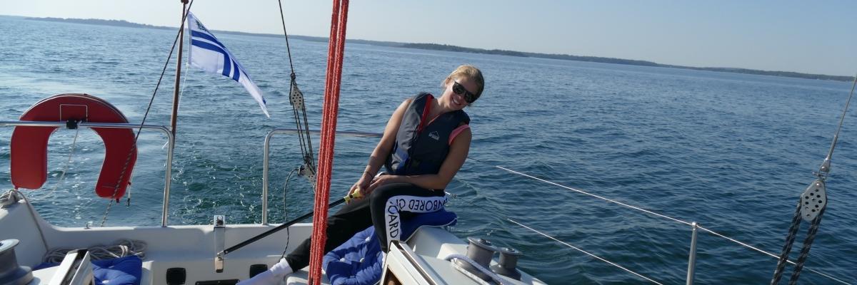 Över Ålands kalla hav till somriga Mariehamn
