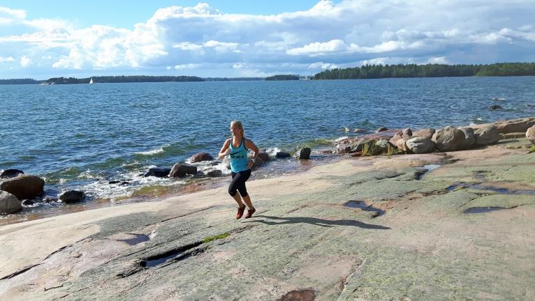 Löpning runt ön med koll på fart och puls – och naturen!