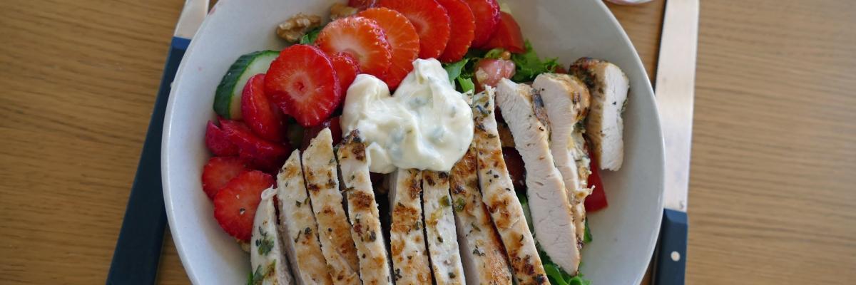 Lunchtips: två enkla och goda sommarsallader
