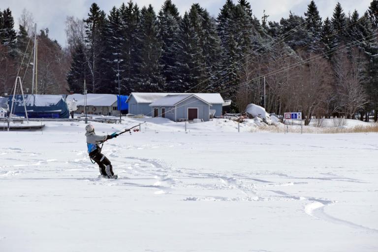 Snowkiting hemma på bakgården
