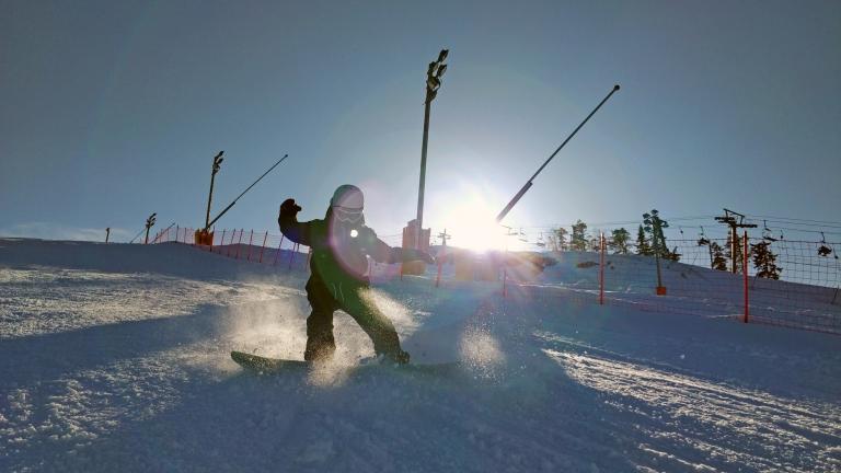 En dag med snowboard i Vuokatti & att vara mamma och sakna