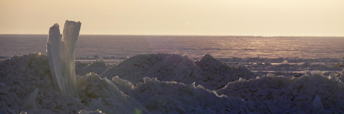 Snowkiting ut till sagolika isberg mitt ute i ingenstans