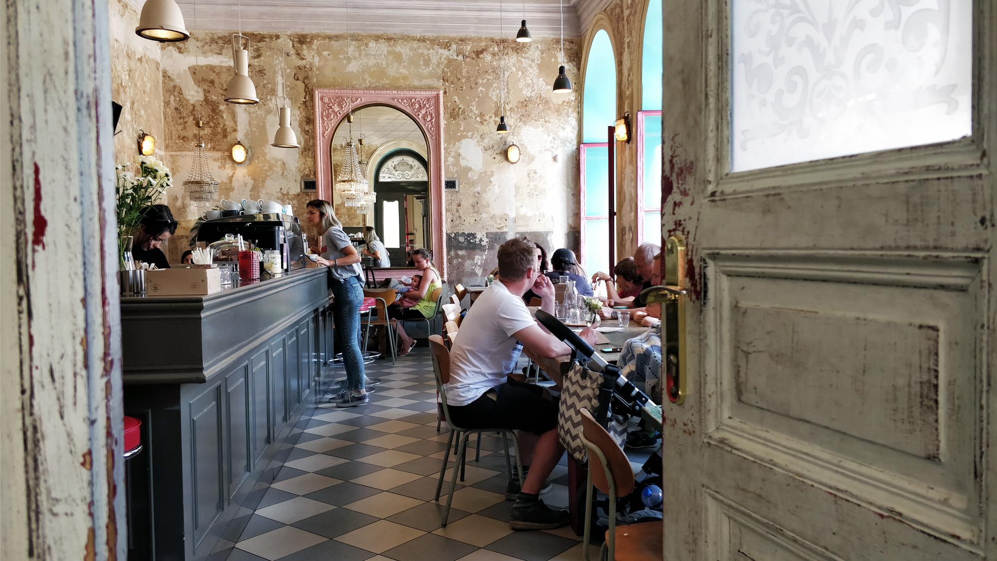 cafe letka