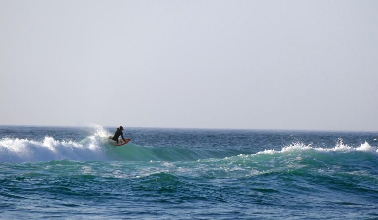 Vågsurfing i Portugal – en härlig dag på Guincho beach