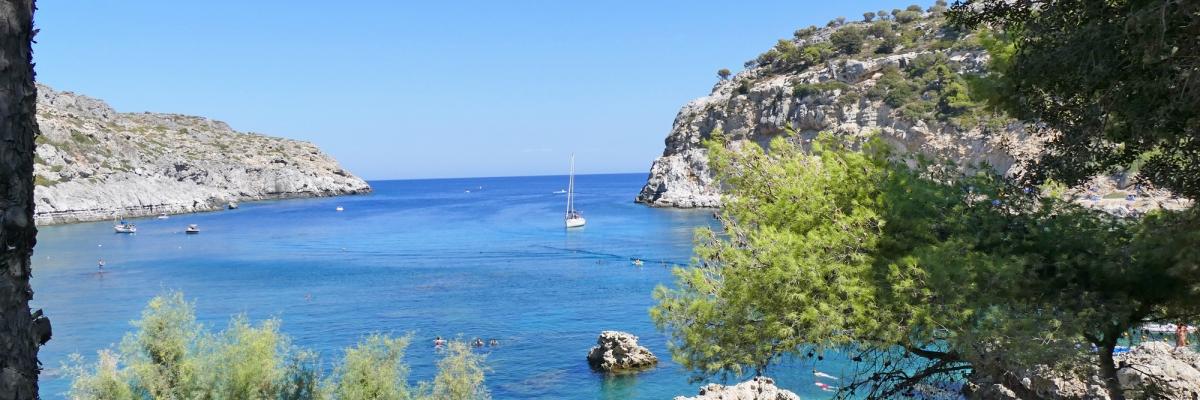Anthony Quinn Bay på Rhodos – snorkling och vackra vyer