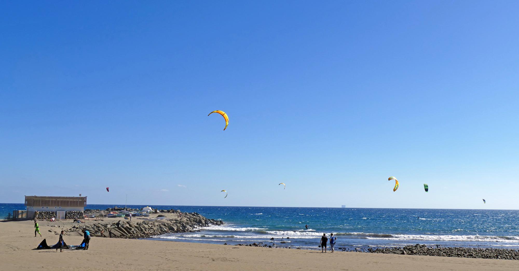 playa del ingles kitesurfing