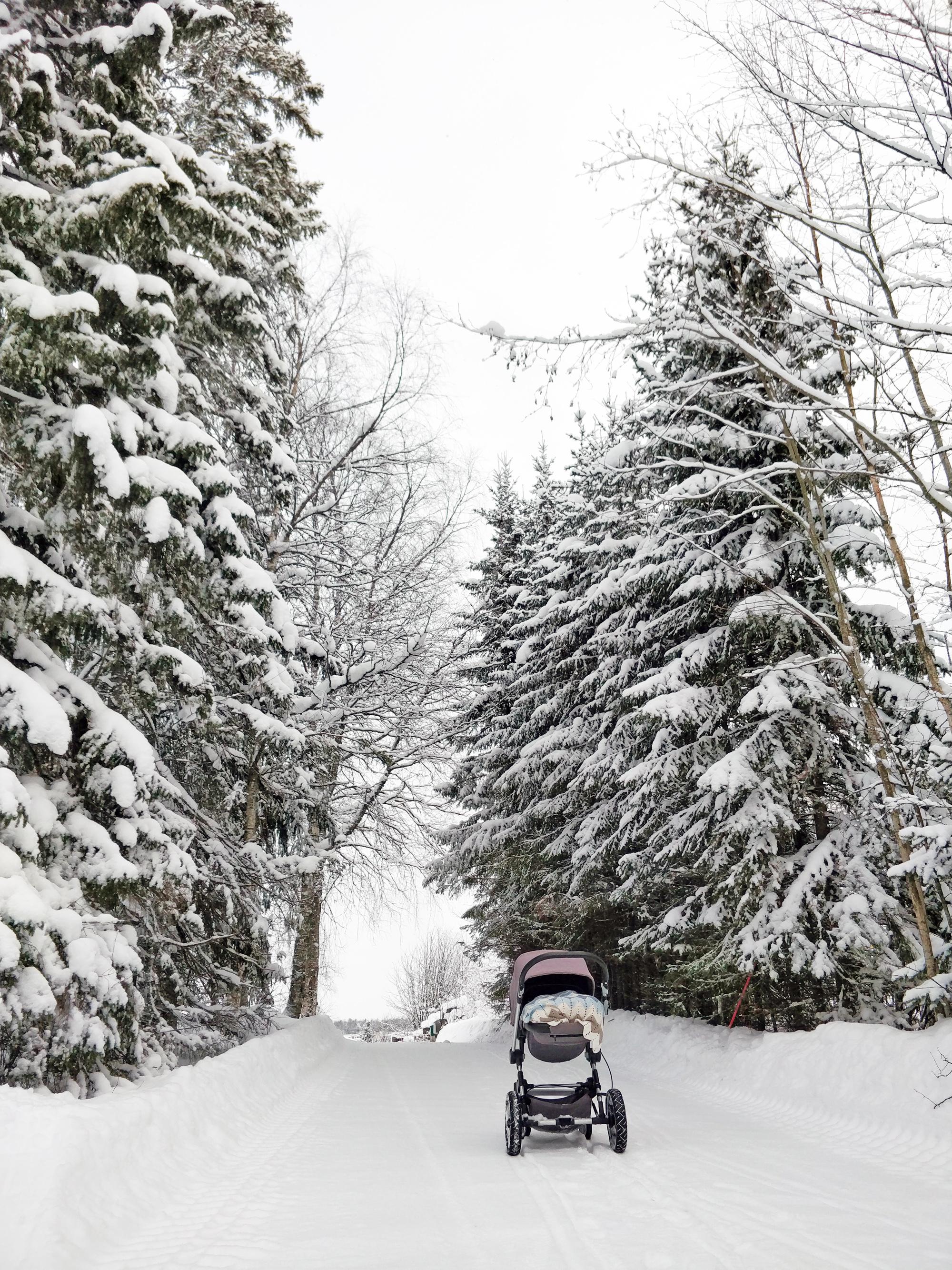 snöskottning barnvagn