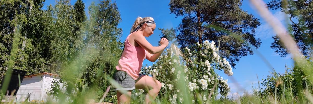 Styrketräning hemma efter förlossning – min träning just nu